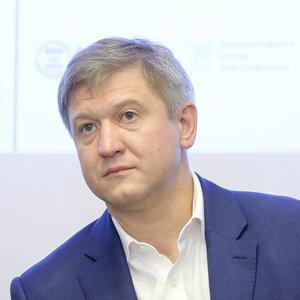 Данилюк: Украина рассматривает санкции за паспортизацию Донбасса
