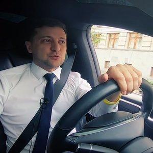 """""""Порошенко не хотел конца войны"""". Интервью Зеленского – за минуту"""