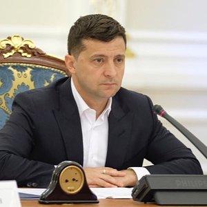 Зеленський знову просить Парубія скликати засідання Ради: лист