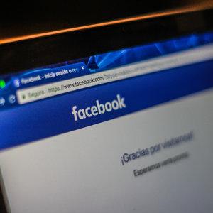 Facebook перед выборами в Украине удалил аккаунты пропагандистов
