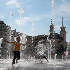 В Киеве из-за глобального потепления продолжается лето