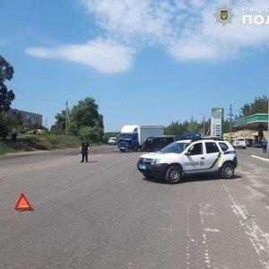 В Донбассе маршрутка попала в ДТП: восемь пострадавших – фото