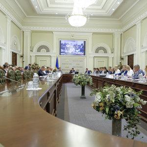 Слуга народа хочет большинство во всех комитетах Рады: фото