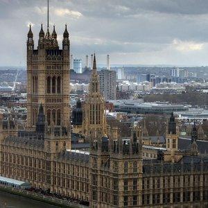 Британия ввела новые санкции против РФ: связано с подводниками