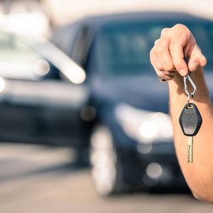 Не бита, не крашена: сколько стоит купить б/у авто