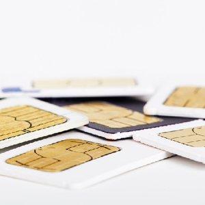 """Як українці ставляться до ідеї """"SIM-картка за паспортом"""""""