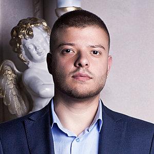 Дмитро